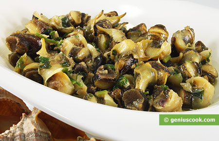 Sea Snails with Parsley and Garlic in White Wine