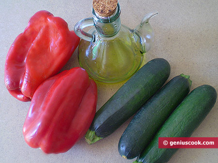 Ingredients for Grilled Zucchini with Fried Pepper