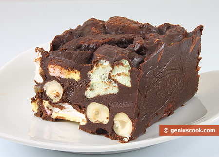 Rocky Road With Marshmallow And Hazelnut Desserts