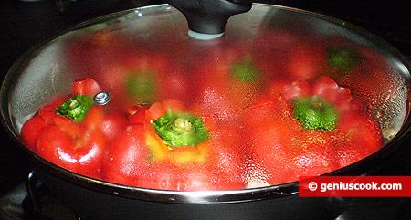 Pepper stewed in the pan