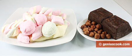 Ingredients for Chocolate Cakes with Marshmallow