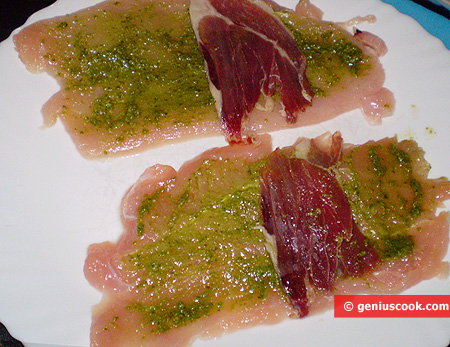 Fillet with pesto and ham