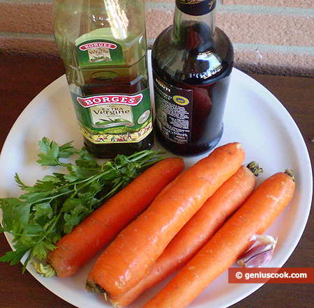 Ingredients for Carrot Salad with Garlic