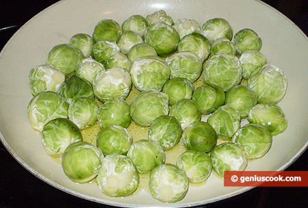 cabbage into a frying pan