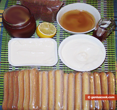 Ingredients for Tiramisu with Dulce de Leche