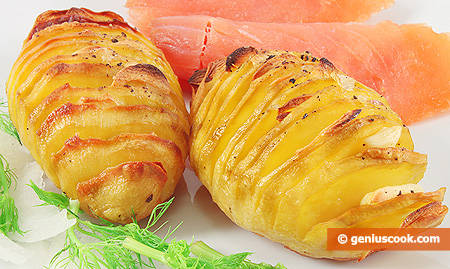 Potato with Garlic Baked in a Swedish Way