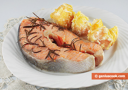 Steamed Salmon with Rosemary