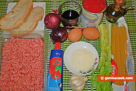Ingredients for Spaghetti with Meatballs