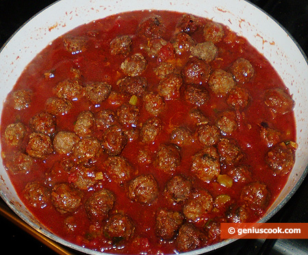 Meatballs into the sauce