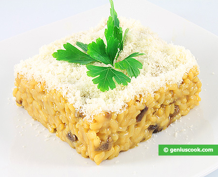 Risotto with Saffron and Mushrooms