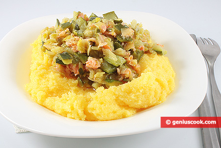 Polenta with Salmon and Zucchini