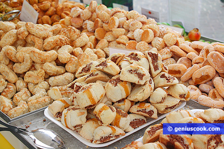 Almond pastries from Puglia