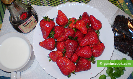 Ingredients for Strawberry Soup