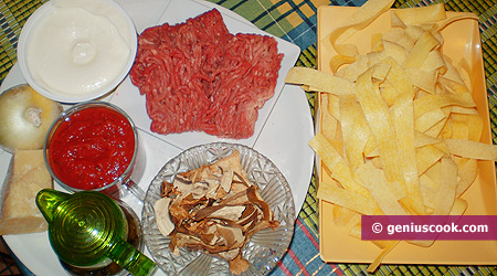 Ingredients for Pappardelle with Meat Sauce
