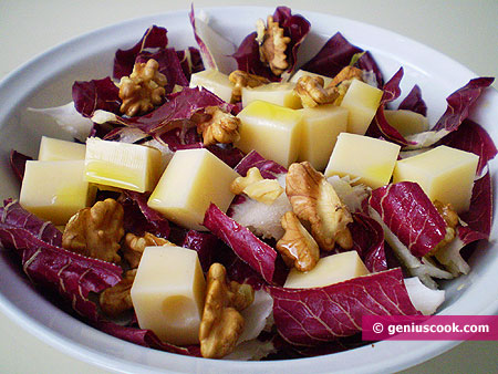 Radicchio salad with cheese