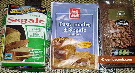 Ingredients for Sourdough Rye Bread