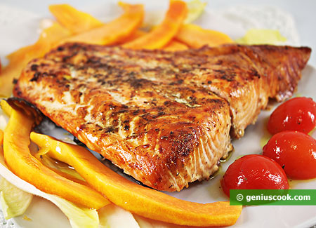 Grilled Salmon with Papaya and Herbs