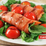 Smoked Salmon with Arugula Appetizer