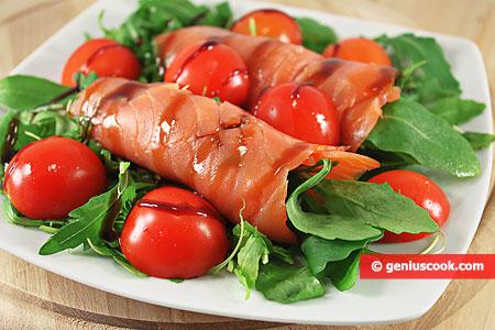 Smoked Salmon with Arugula Appetizer