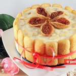 Charlotte Cake with Figs and Almonds