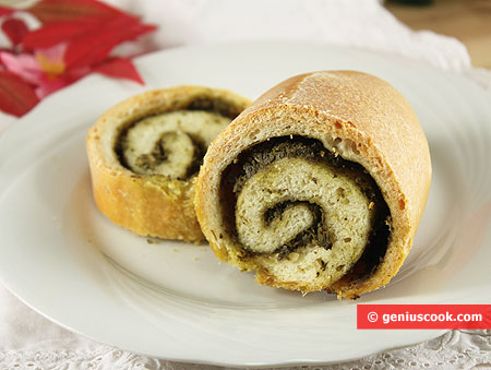 Baked roll with pesto