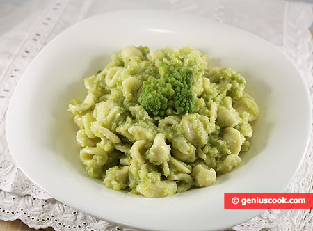 Orecchiette with Romanesco