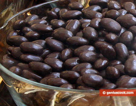 Chocolate pills against stroke