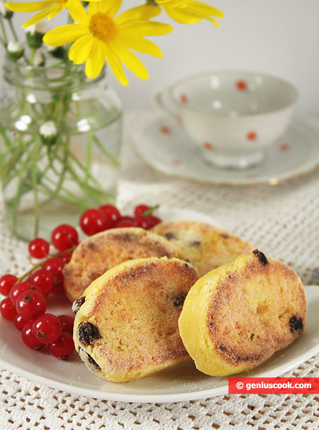 Cottage Cheese Pancakes with Raisins
