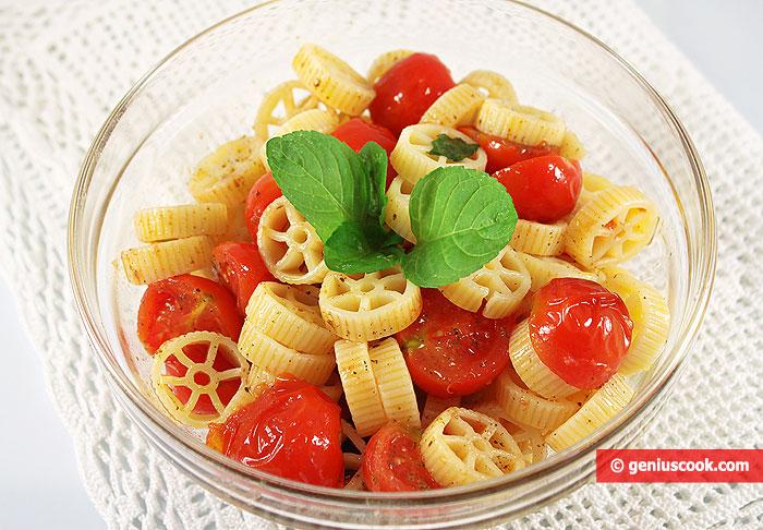 Pasta and Tomato Salad