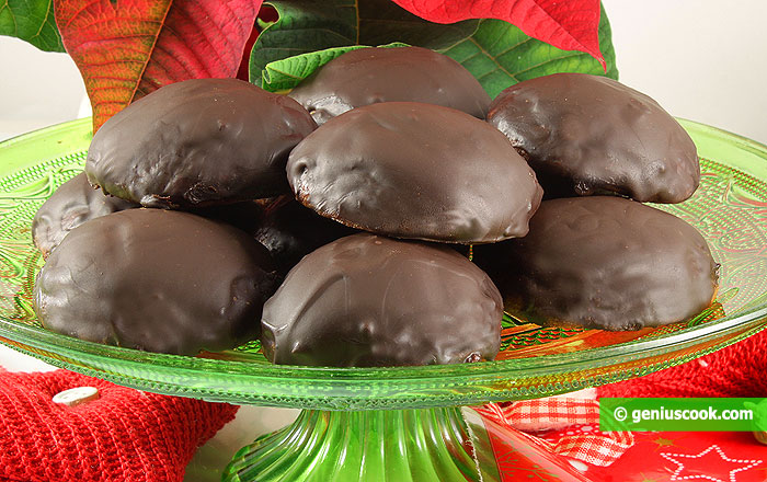 Marzipan Cookies with Chocolate