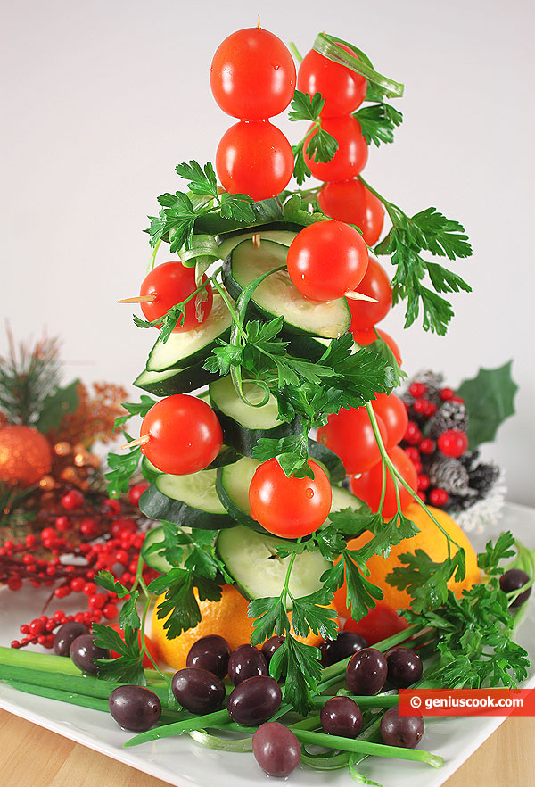 Vegetable Christmas Tree