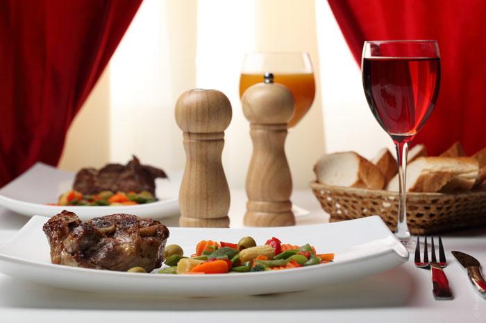 700-restaurant-meat-dish-GC-food-diet