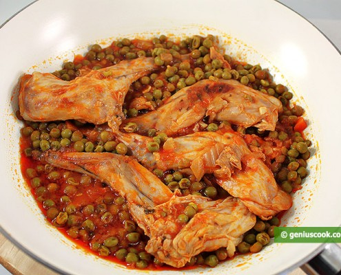 Rabbit Stewed with Green Peas