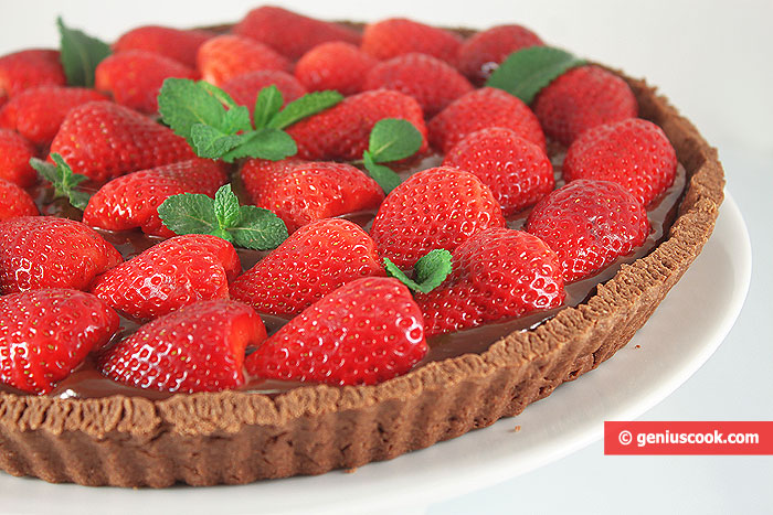 Chocolate Tart with Strawberries