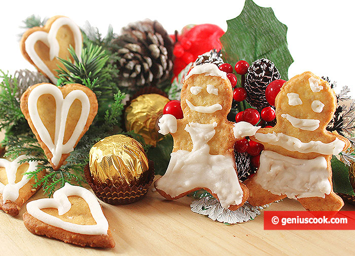 Christmas Crispy Cookies with Glaze