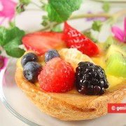 Cookie Cups with Cream and Fruit