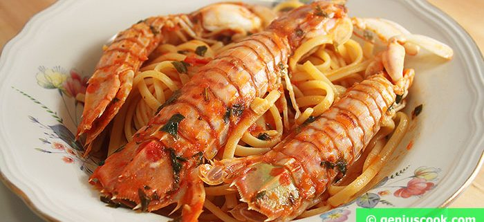 Mantis Shrimps with Tomato Sauce and Linguine